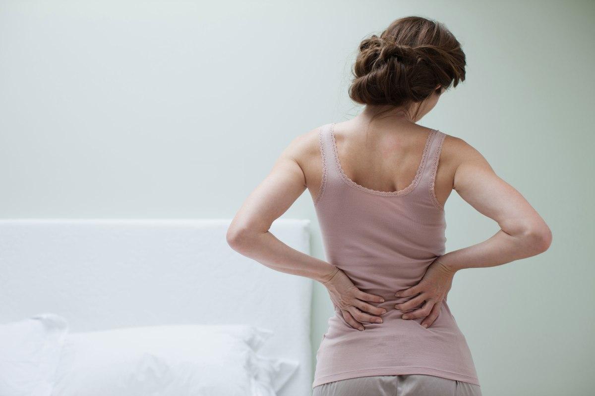 Cómo aliviar el dolor de espalda con solo respirar